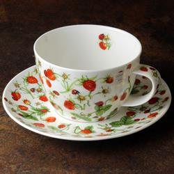 Breakfast Cup and Saucer | Dovedale Strawberry